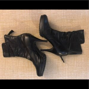 Juicy Couture Black Leather Ankle Boot